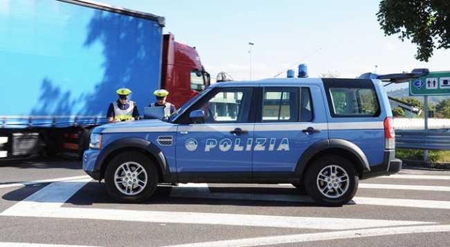 polizia stradale camion