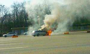 auto incendio autostrada arona