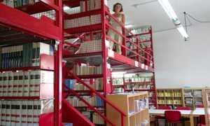 biblioteca arona interni