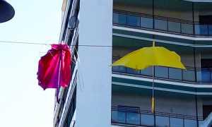 ombrelli arona vento rotti